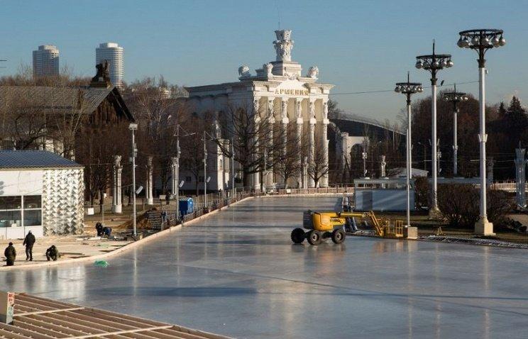 каток открылся в Москве на ВДНХ