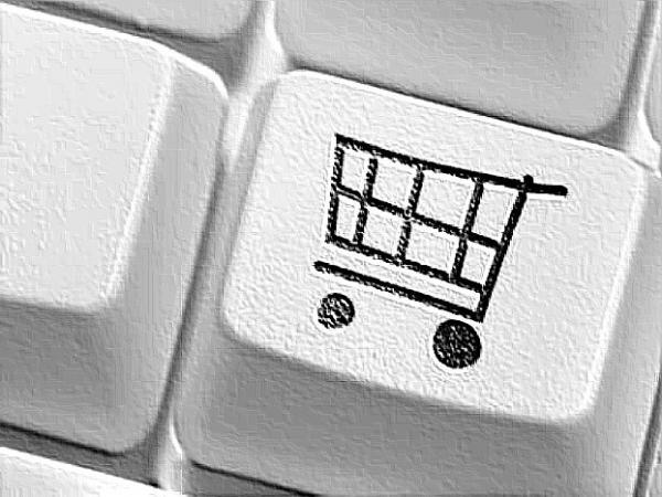 Для того чтобы рассказать о нечестном продавце, нужно оставить заявку на сайте nota-claim.ru. По словам организаторов сервиса, каждая заявка будет рассмотрена в индивидуальном порядке. Если товар действительно окажется поддельным, то магазин, продающий его, «забанят» во всех агрегаторах.