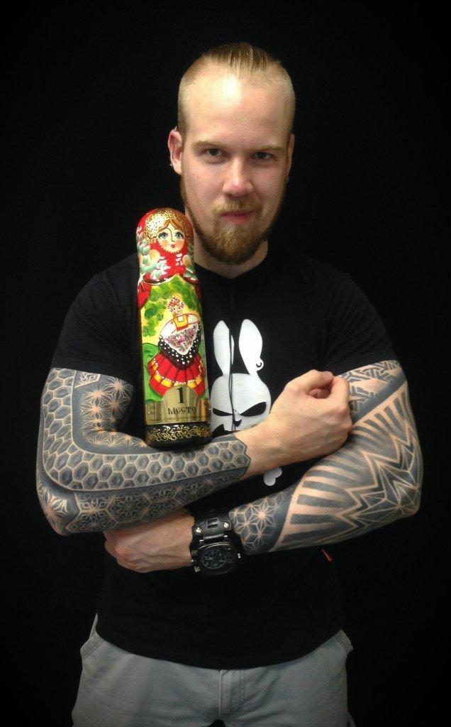 Иван Hack: лучшая орнаментальная татуировка